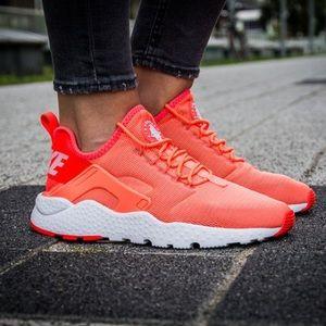 Nike - huarache ultra orange